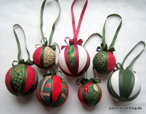2009-12-patchworkblog-weihnachtskugeln-selbstgemacht