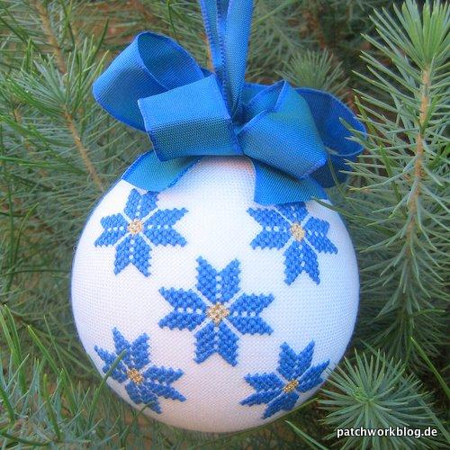 2009-12-weihnachtskugel-handarbeit-patchwork