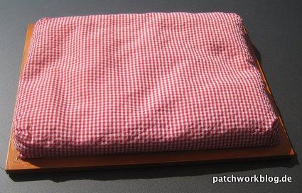 2009-10_patchwork-knietablett-von-unten