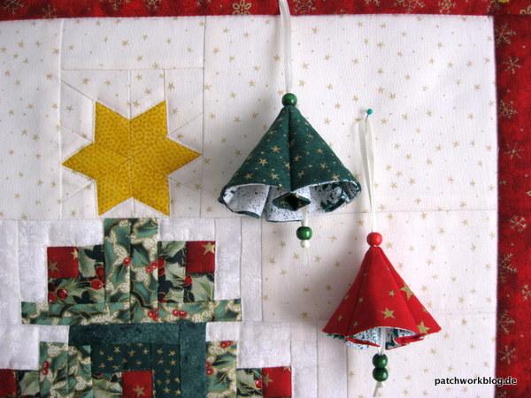 gl ckchen aus stoff und ein kleiner weihnachtlicher wandbehang wandbehang muster gl ckchen. Black Bedroom Furniture Sets. Home Design Ideas